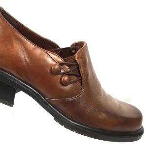 Brown Leather Stretch Gore Heeled Career Loafer